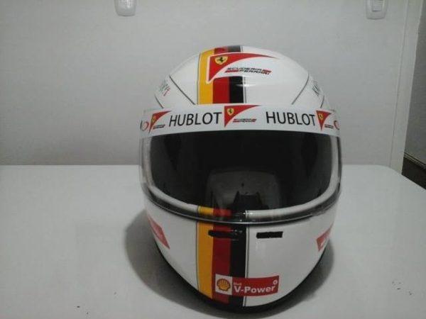 capacete-f1-vettel-ferrari-replica-personalizamos-tb-D_NQ_NP_520901-MLB20447698895_102015-F